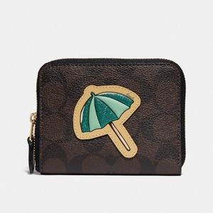 Coach|Small Zip Around Wallet In Signature…